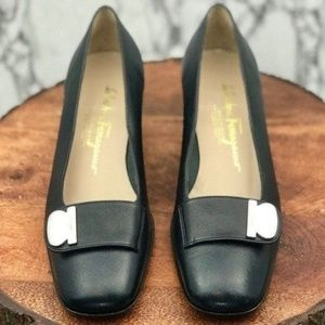 Salvatore Ferragamo Low Heels Size 7